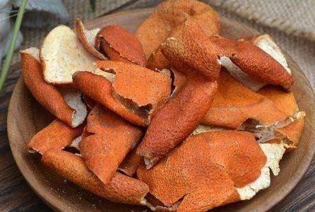 不是所有的鲜橘皮晒一晒就能喝!自制陈皮不养生?易腹泻、上火?