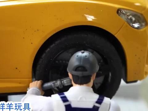 起重机能拉它出来吗?认识玩具车游戏