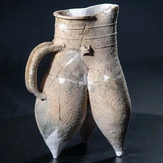 我在安阳拍文物丨新石器时代龙山文化白陶鬶(guī)
