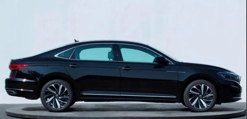 20万级家用车,雅阁与帕萨特空间对比,哪款车空间最好?