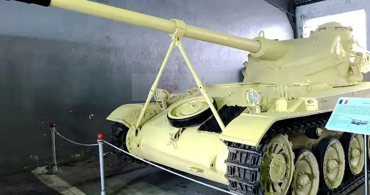 炮塔竟然只是一层帆布的AMX-13轻型坦克:萨沙的兵器图谱第214期