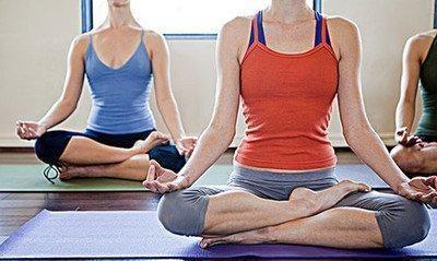 至善坐莲花座,瑜伽体式中经典坐姿,而且其中教程,以及训练技巧