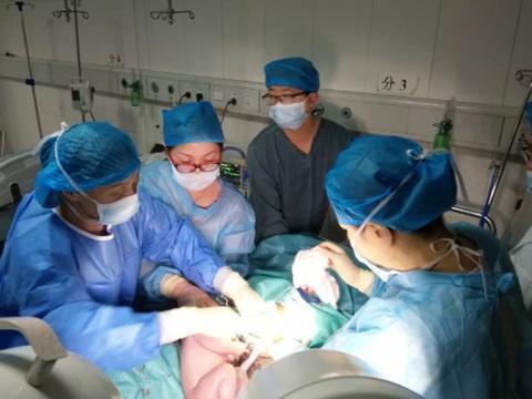胎盘出现点状钙化灶,对胎儿影响有多大?需要马上剖出吗?