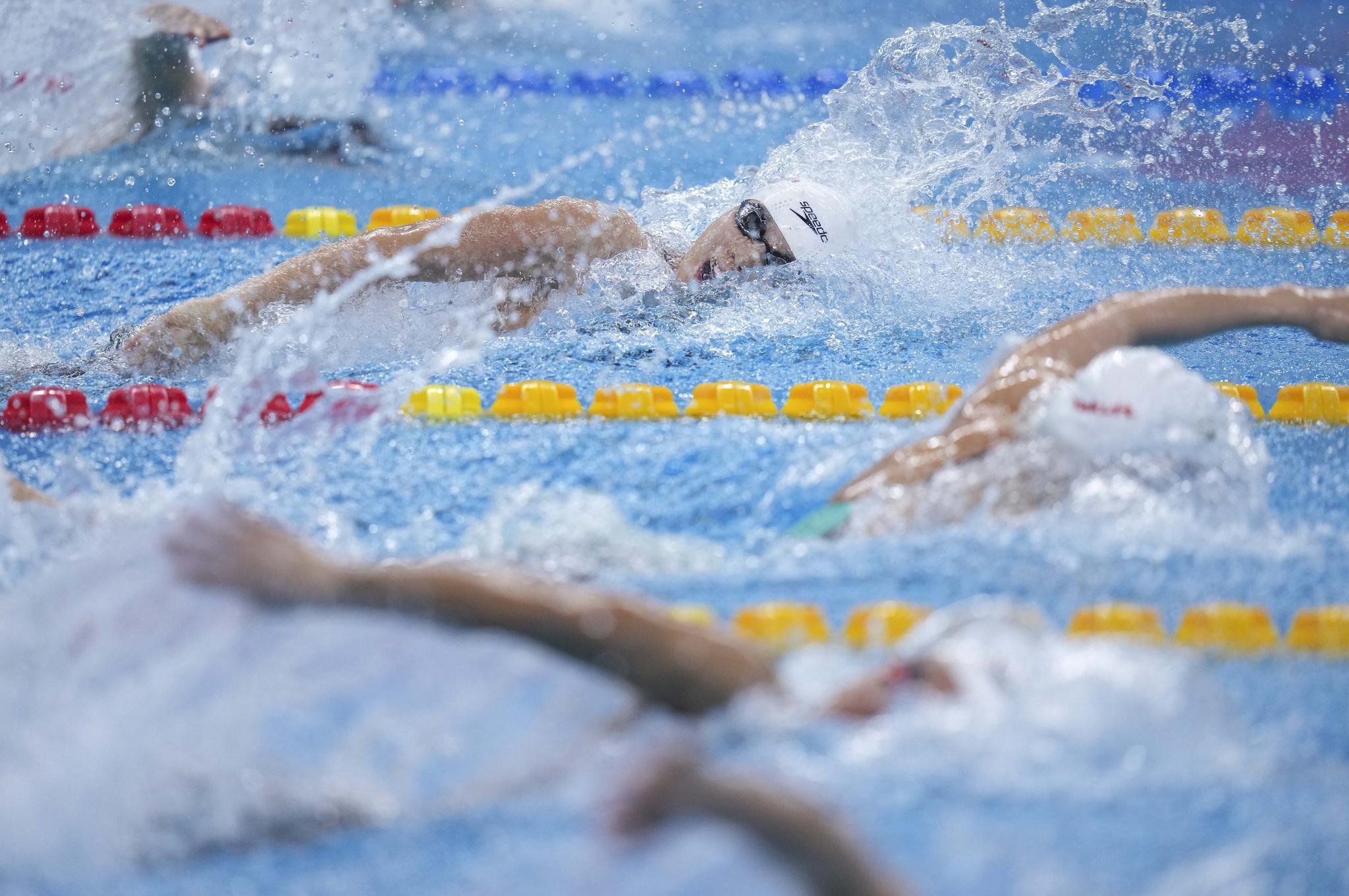 游泳——全国冠军赛:杨浚瑄晋级女子100米自由泳决赛