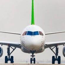 百年瞬间125   国产大型客机C919成功首飞