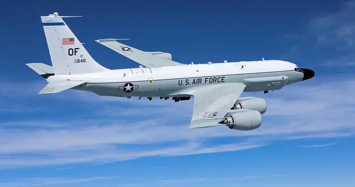 美军电子侦察机抵近俄国界 俄军米格31战机升空伴飞
