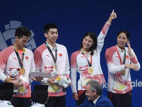 中国游泳改朝换代!两大官方盛赞张雨霏,冠军赛奠定统治地位