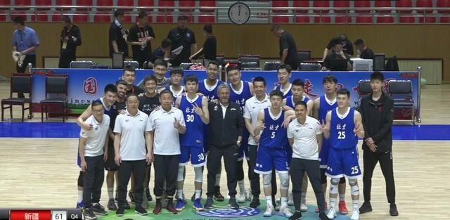 北京男篮进入决赛,范依铭签约首钢,解立彬正式表态