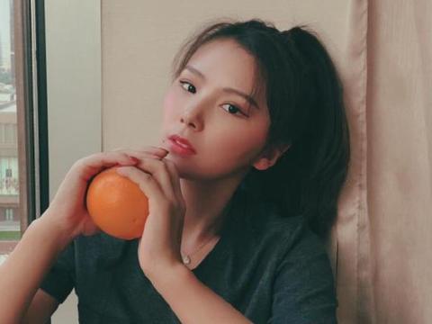 她是中国高低杠公主,退役后二次发育逆袭成女神,成熟充满魅力