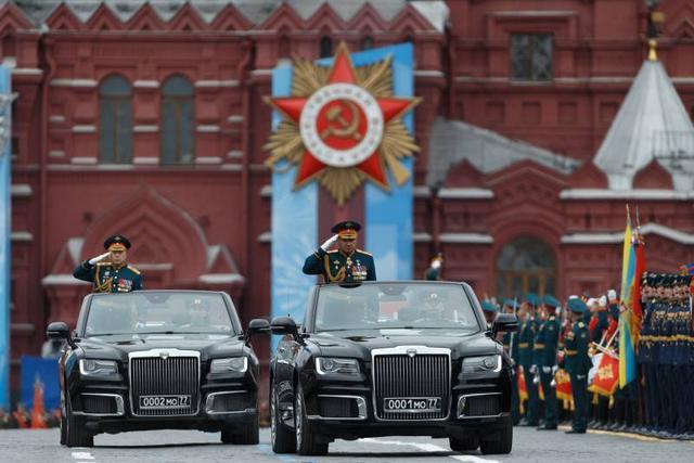 普京红场阅兵,如此展示俄罗斯军事力量,向西方发出警告