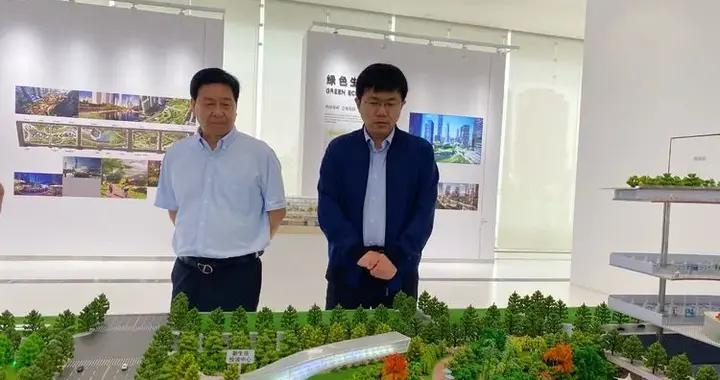邯郸丛台区区长王立伟带队到西安文化商务中心考察