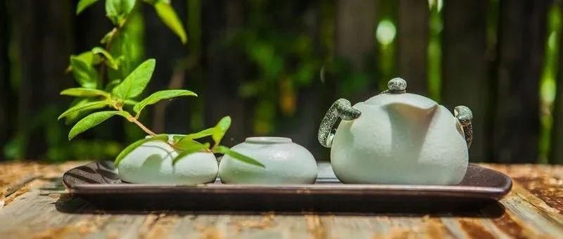 """国际茶日   花草香料、葱姜盐巴是新晋""""茶伴侣""""?喝茶真的能消脂减肥吗?"""