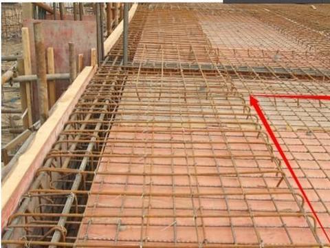 农村现浇房顶,单、双层板筋如何选,搞懂板筋作用,不花冤枉钱