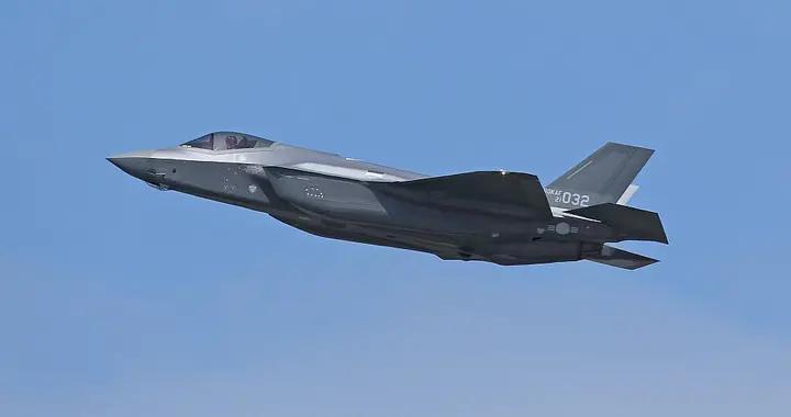 第32架F-35A隐形战机首飞成功,韩国空军后来居上,部署清州基地