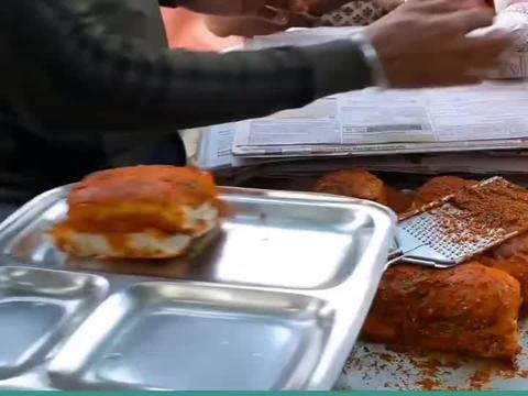 令孟买人狂热的美食-瓦达包!麦当劳也无法战胜的小吃!