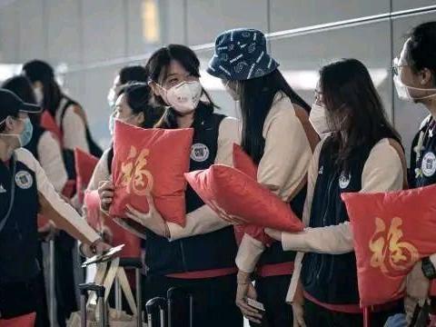 女排再亮相,世联赛首周堪比亚锦赛,中国队替补也能捍卫亚洲第一
