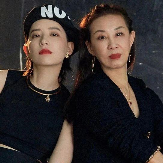 李斯丹妮X妈妈钟梓娟:从《超级女声》到《妈妈,你真好看》