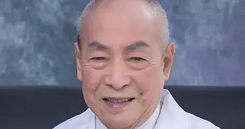 复旦大学附属眼耳鼻喉科医院教授黄鹤年逝世,享年96岁