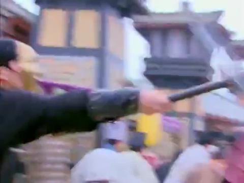 为了保护刘贺,红衣挨刺客一刀,又是一个痴情的妹子啊!
