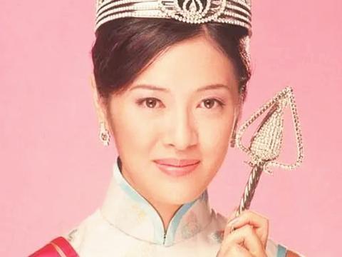 朱玲玲不输小33岁陈凯琳,61岁郑文雅红裙抢镜