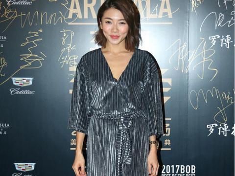 郑凯前女友程晓玥虽然个子矮,但穿衣挺有气场,生图下颜值也抗打