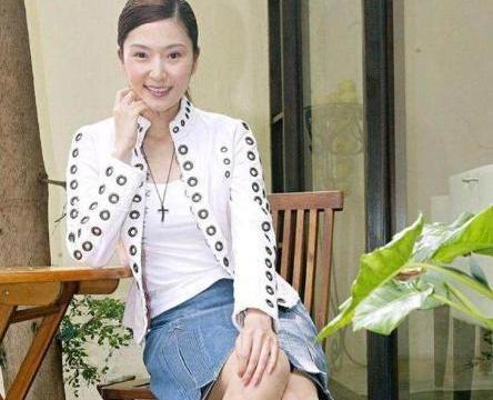 她被称为台湾第一美人,一辈子只谈一次恋爱,现54岁依旧单身一人