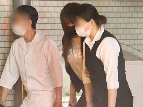 深田恭子宣布暂停演艺事业后首现身,疑与富商男友进入半同居状态