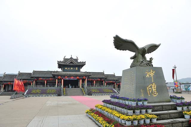 国内排行第三,浙江这座影视城每年接待200万游客,并不在横店
