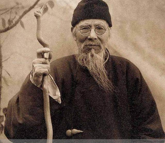 上海齐白石书画院-汤发周趣谈:中国美术家协会第一任主席-齐白石