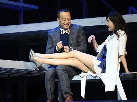 有一种长腿叫做万绮雯,虽然已年过半百,但活成了别人羡慕的样子