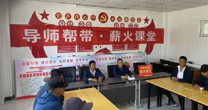 """宁夏青铜峡:""""导师帮带""""搭建务农指导平台"""