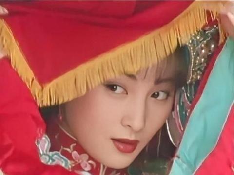 """演活一个""""顾曼璐""""就够了,她却演活6个角色,每个都是绝色美人"""