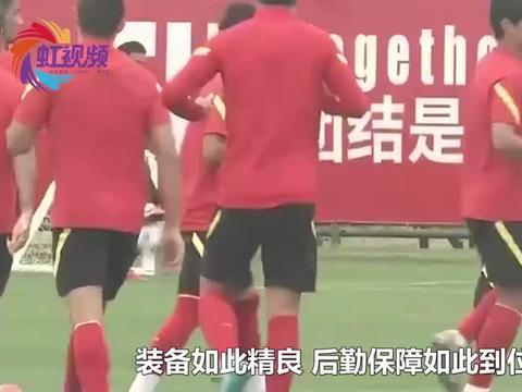 中外防疫差距有多大?看看中国队和关岛队,10秒视频淋漓尽致展现