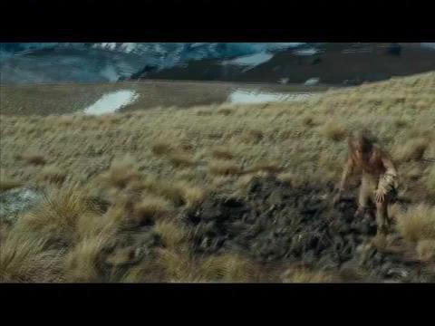 原始人去猎杀猛犸象,连猛犸象的皮都戳不破,谁知猛犸象最后白给
