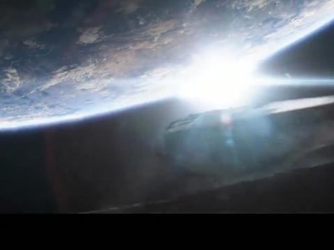 外星轰炸瓦坎达,没想到黑豹把国度的防御的这么强悍,队长都佩服