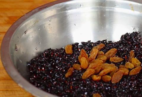 黑米每粒都是宝,不要煮粥,教你个神奇做法,简单营养又好吃