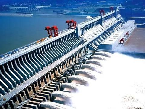 三峡大坝造价2000亿,现在15年过去了,是亏了还是赚了?