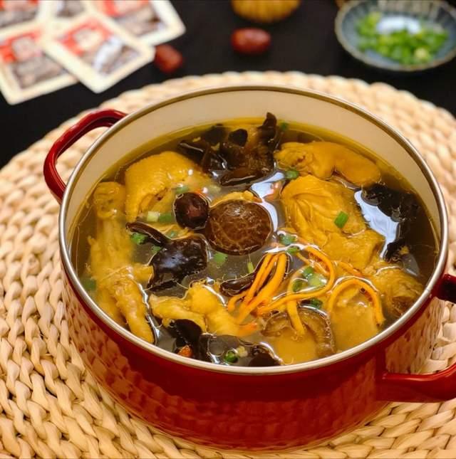 美食家常菜推荐:鱼香杏鲍菇,虫草花鸡汤,嫩炒猪肝,营养滋补