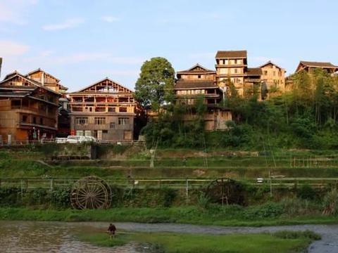 广西大山发现八个侗族村寨,村民还过着比较原始的生活,远离城市