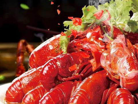 小龙虾背上的黑线不能吃? 5 大揭秘,带你放心吃龙虾