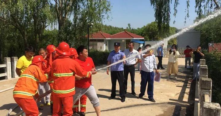 微型消防站作用大,消防演练守护百姓平安