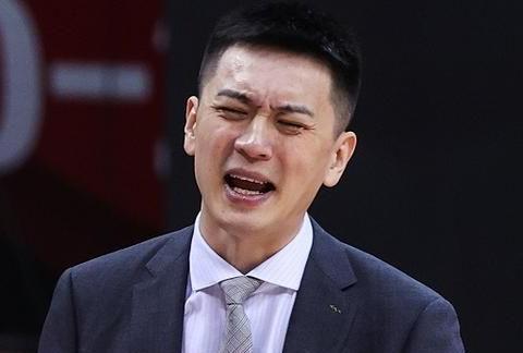 大魔王+威姆斯克星+FMVP,杨鸣重铸三剑客