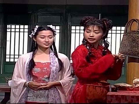小辣椒说江小鱼没良心,不懂得知恩图报,处处躲着姑娘