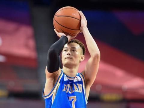 三消息,辽宁名帅收获希望之星,汤杰NBA选秀失败,赵睿刻苦训练