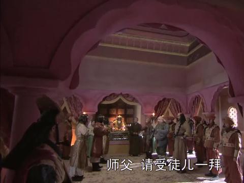 小殿下想和仨徒弟学本事,悟空教棍棒,八戒却教他们吃馒头!