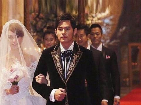 又到了天王嫂比赛环节,昆凌方媛朱丽倩,谁是你心中的第一名?