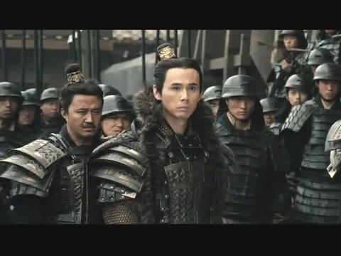 大秦帝国最后的援军被迁灭,秦王子婴捂着铠甲上的秦字,秦人落泪