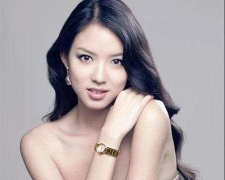 """""""中国第一美女""""张梓琳,拒嫁豪门投靠普通人,今35岁幸福美满"""