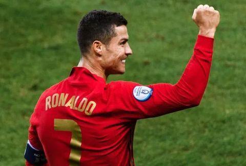 C罗破门,B-费2球+助攻,C罗破门,坎塞洛世界波,葡萄牙4-0完胜