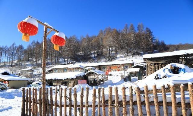 """吉林""""藏""""了一座70年古村落,位于长白山脚下,可媲美北京四合院"""